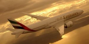 Contact of Emirates customer service (phone, email