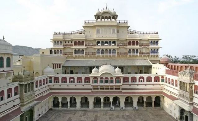 Contact Of City Palace Jaipur Phone Address Customer Care Contacts